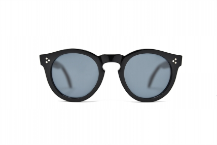 POLARIZED LENSES. Design spectacles made in Italy